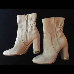 NEW Michael Kors Dolores Chain Booties